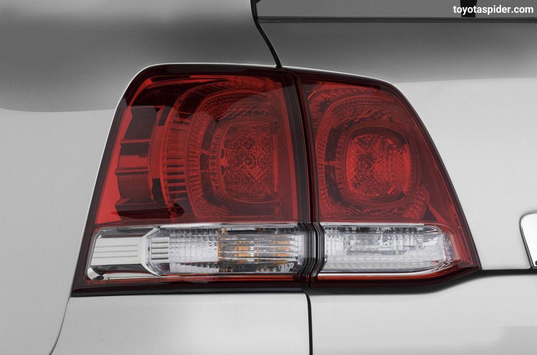 گالری عکس خودرو تویوتا لندکروز 2011