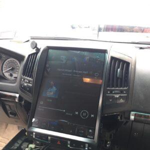 مانیتور تویوتا لندکروز 6 سیلندر مدل تسلا - اندرویدی